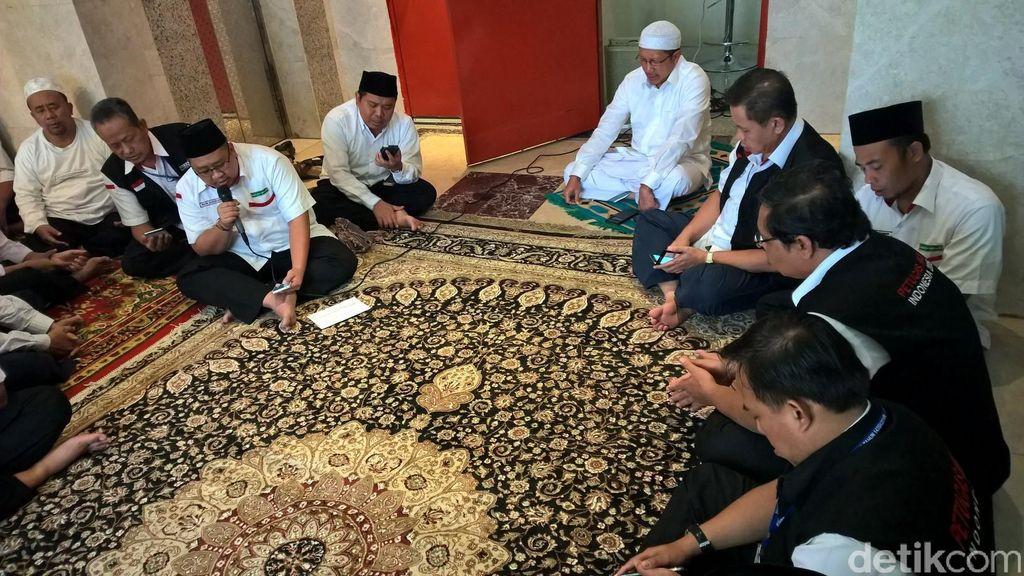 Gelar Tahlilan, Daker Makkah Doakan Korban Tragedi Mina dan Terjungkalnya Crane