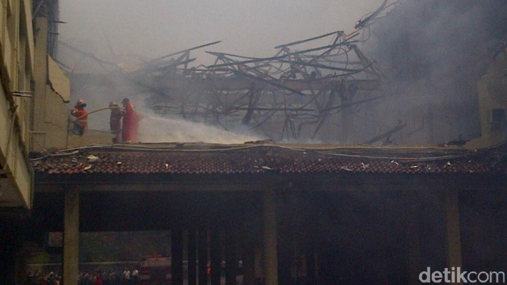 Bekas Gedung Polda Jateng yang Hangus Terbakar Terjual Rp 226 Juta