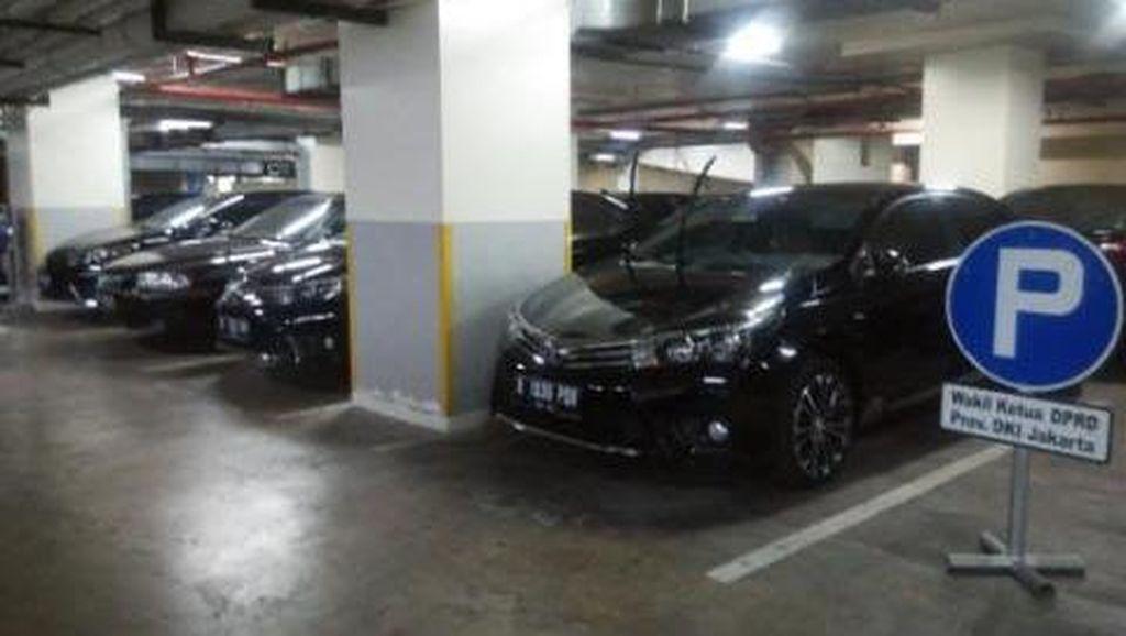 Ada Anggota DPRD Ganti Pelat Mobil Hitam, Kepala BPKAD: Itu Tidak Boleh!