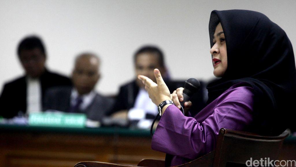 Istri Muda Gatot Pujo Dieksekusi ke Lapas Wanita Tangerang