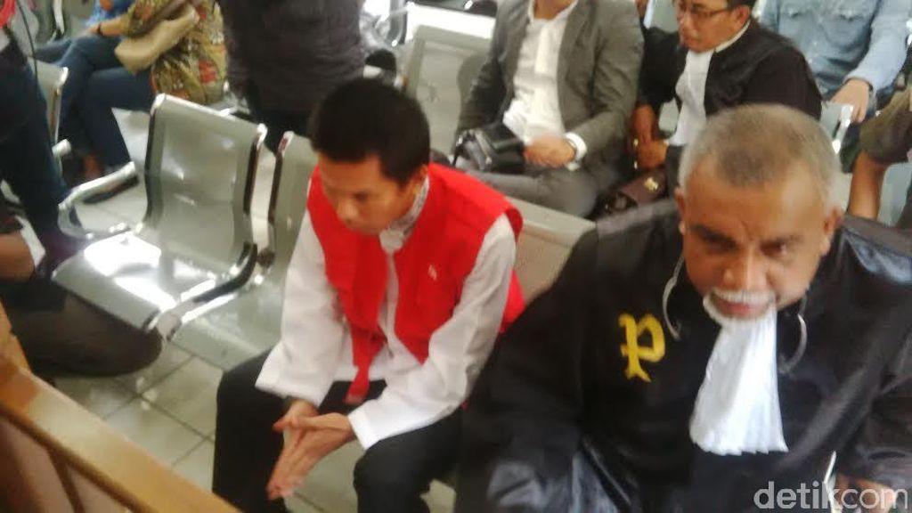 Muncikari Robbi Abbas Siap Bertemu Amel Alvi di Persidangan