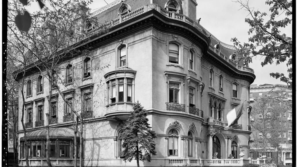 Kutukan Berlian, Misteri Penampakan dan Mitos Emas di KBRI Washington DC