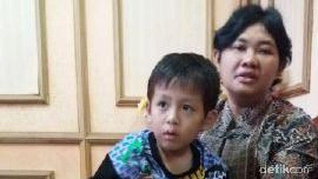 Bocah yang Terlantar Sebatang Kara di Palembang Akhirnya Dijemput Keluarga