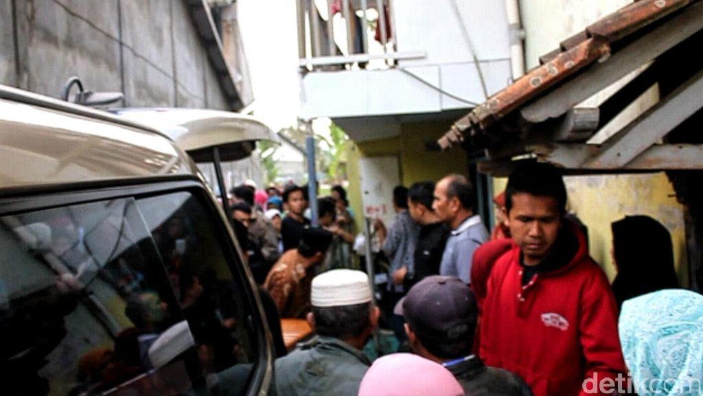 Pamit Kondangan, Guru TK di Sukabumi Diantarkan Pulang Tak Bernyawa