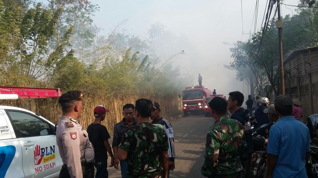 Pemulung Buang Rokok Saat Buang Air, Permukiman Dekat TPA Neglasari Terbakar