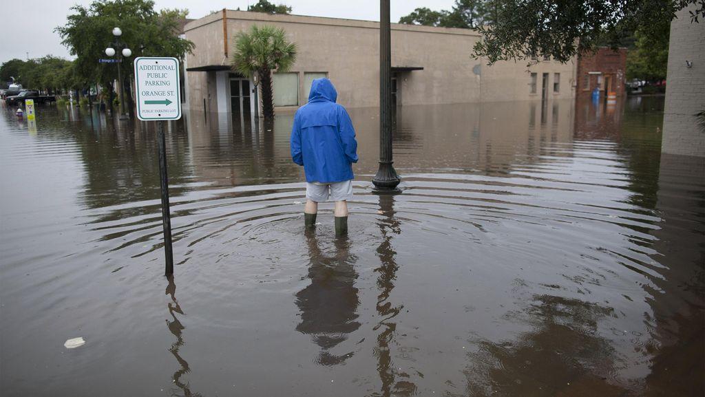 South Carolina AS Dilanda Hujan 1.000 Tahun, 8 Orang Tewas