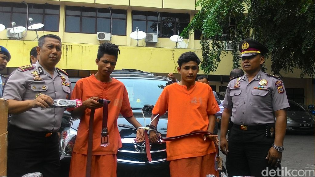 Wah Parah 2 Pemuda ini, Ngaku Polisi dan Peras Pemulung hingga Pedagang