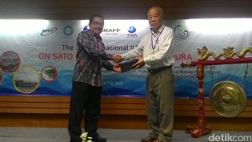Memaksimalkan Lahan Terbengkelai dengan Sistem Budidaya Ikan Sato Umi