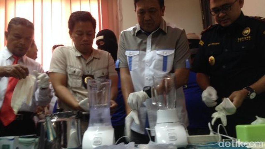 BNNP Sumut Blender 500 Gram Sabu dari Sindikat Internasional