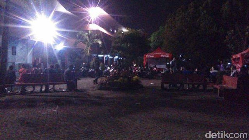 Mahasiswa Universitas Pancasila yang Tawuran Larang Mobil Damkar Masuk Kampus