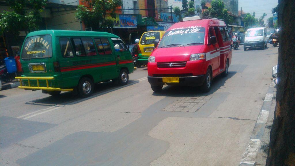 Mulai Juni, Naik Angkot di Bandung Bisa Dapat Kaos Gratis