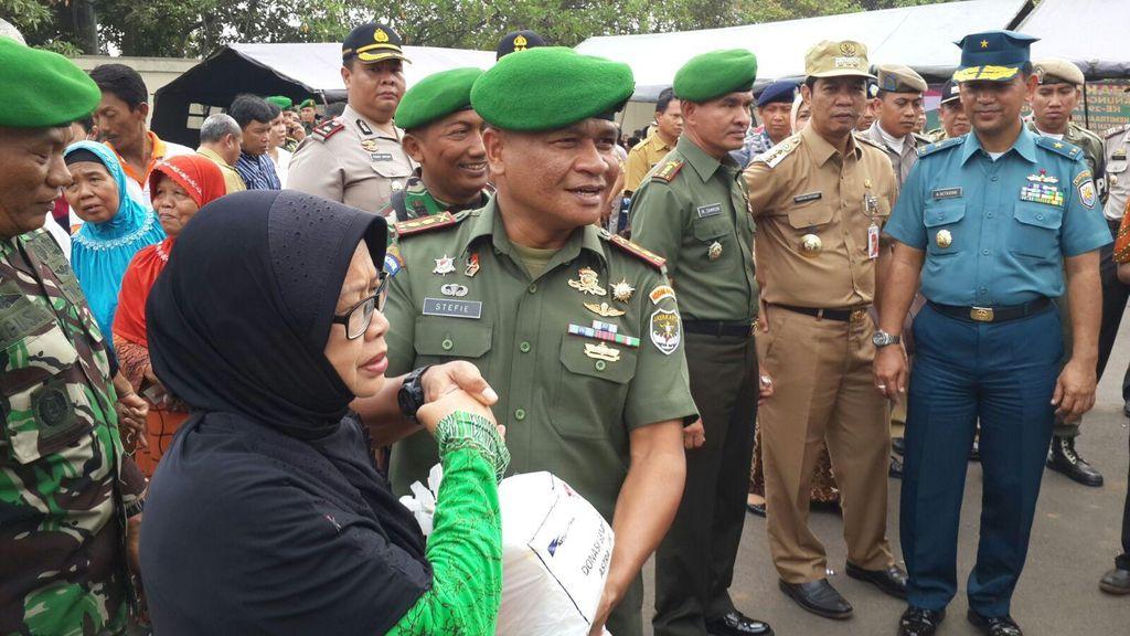 Galakkan Program ABRI Masuk Desa, TNI Bantu Antisipasi Banjir Jakarta