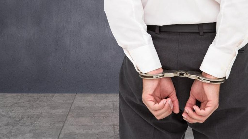 Minta-minta di Jalan, 2 Biksu Palsu Asal China Ditangkap Imigrasi Jakbar