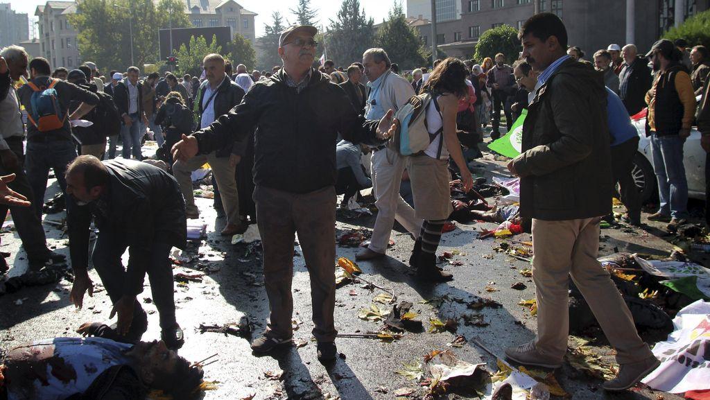 Presiden Turki Kecam Keras Ledakan Bom Kembar di Ankara