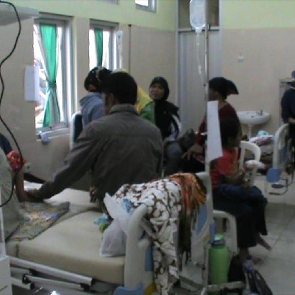 Puluhan Orang Keracunan setelah Santap Makanan di Pesta Pernikahan