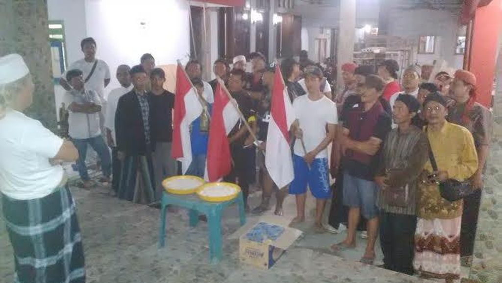 Puluhan Santri Gelar Ider Bumi Untuk Indonesia
