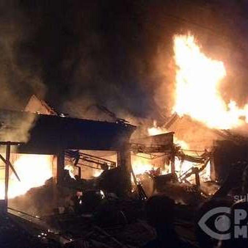 Begini Penampakan Kebakaran di Pasar Kacangan Boyolali yang Hanguskan 8 Kios