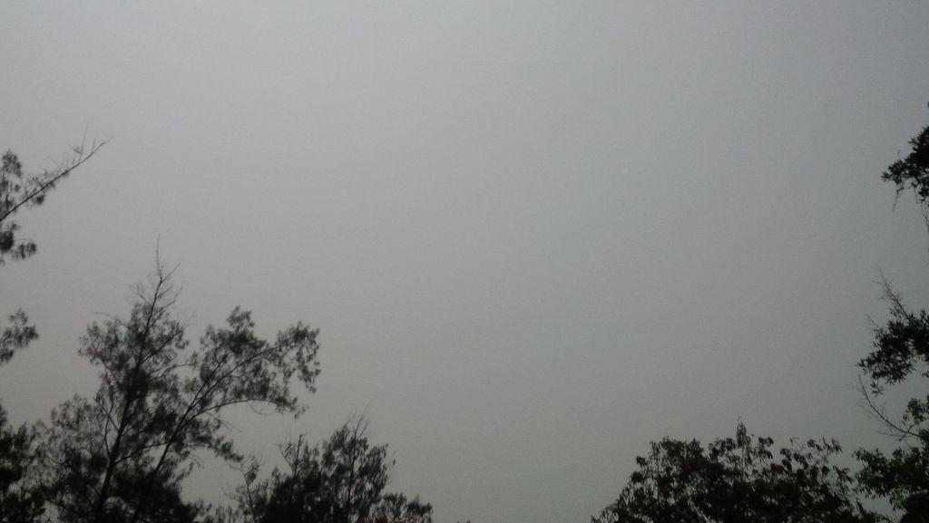 Kabut Tebal Selimuti Solo, Bandara Ditutup Hingga Pukul 08.00 WIB