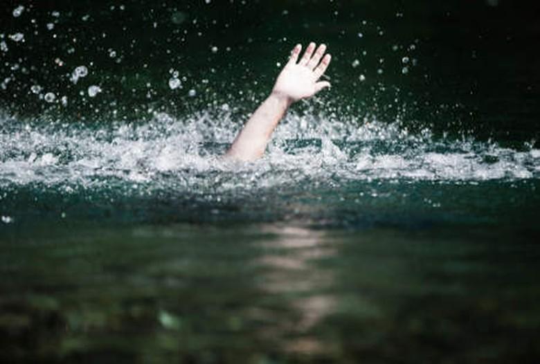 Dua Bocah di Semarang Hanyut di Sungai Saat Ambil Pepaya