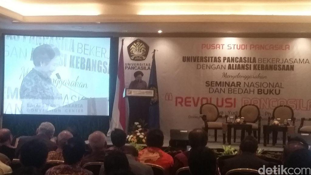 Di Acara Bedah Buku, Megawati Bicara Sumpah Pemuda Hingga Beda DPR dan MPR