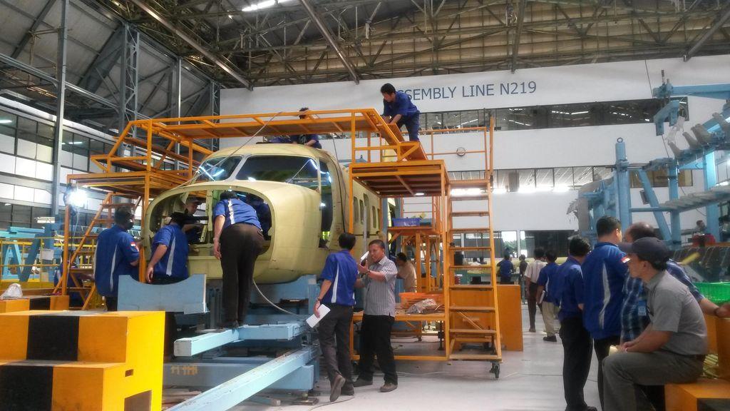 Pesawat N-219 Karya PT DI akan Dikenalkan November, First Flight Mei 2016