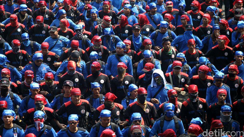 MK Permudah Jalan Bagi Buruh Kontrak Jadi Pegawai Tetap