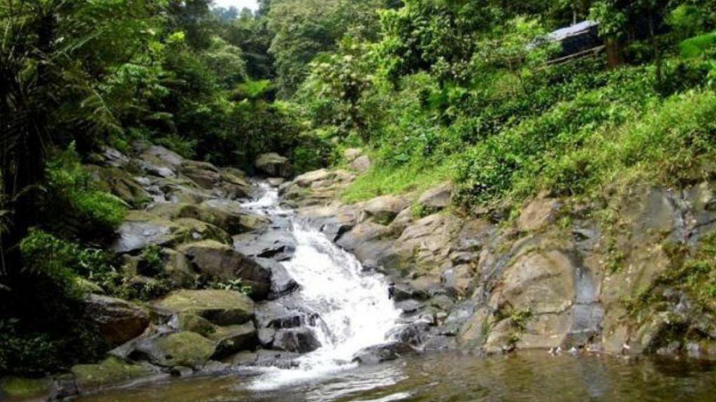 Bupati Purwakarta Borong 100 Mata Air dan Air Terjun Milik Warga