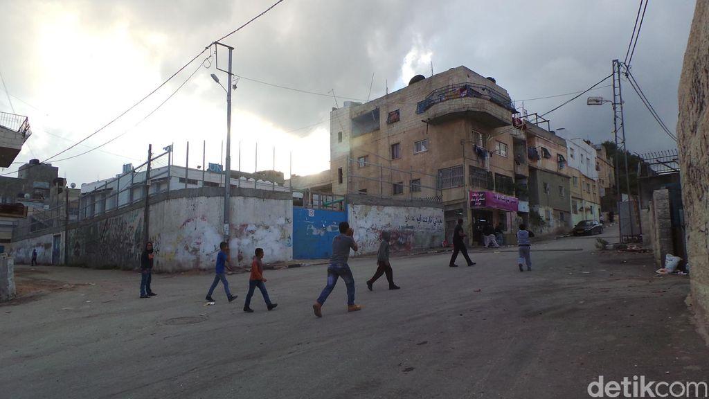 Melihat Langsung Gesekan Antara Warga Palestina dengan Tentara Israel