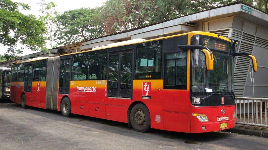 Kabar Gembira, Bus Gandeng Mulai Gantikan Bus Reyot di Koridor VI