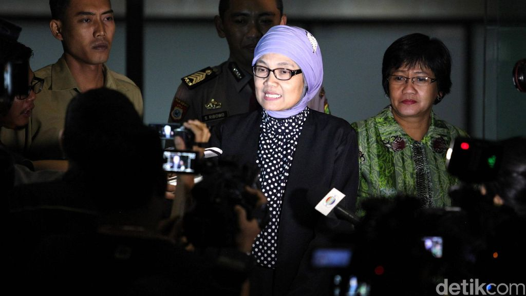 Selesai Diperiksa KPK, Sekjen DPR Ditanya soal Tugas Damayanti di DPR