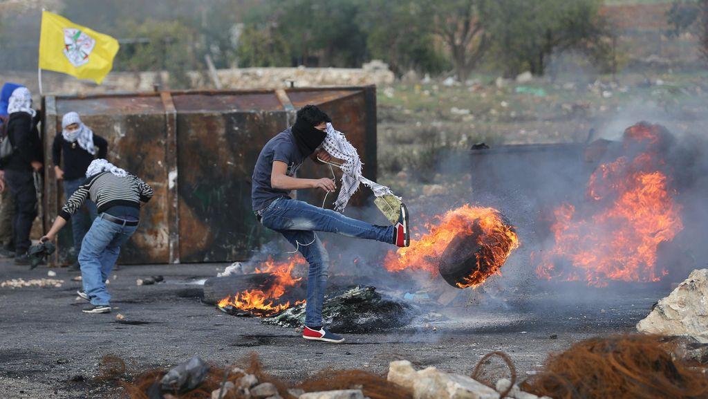 Polisi Israel Tembak Mati Seorang Remaja Palestina