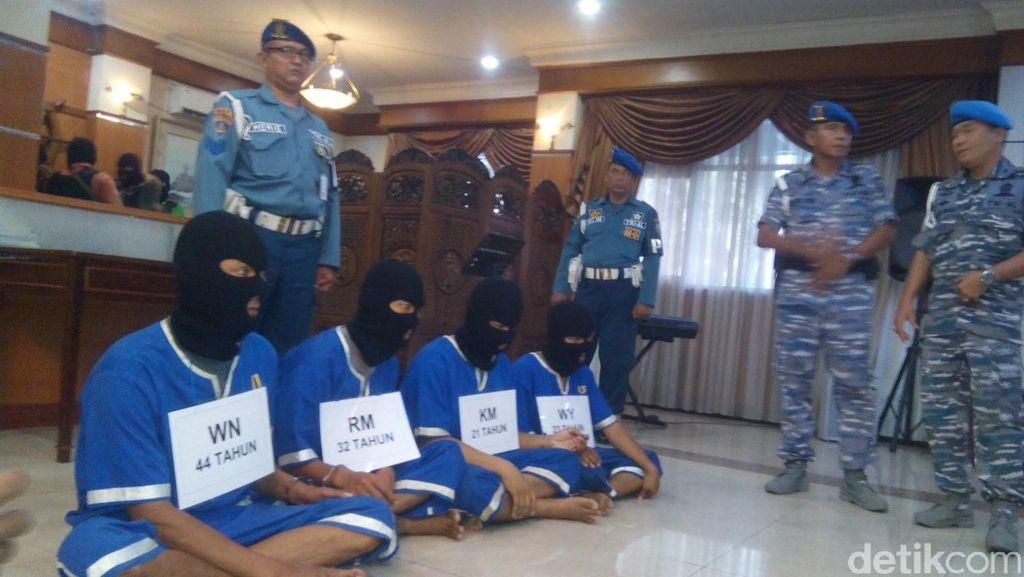 Markas Perompak Selat Malaka di Lereng Gunung Salak Digerebek TNI AL
