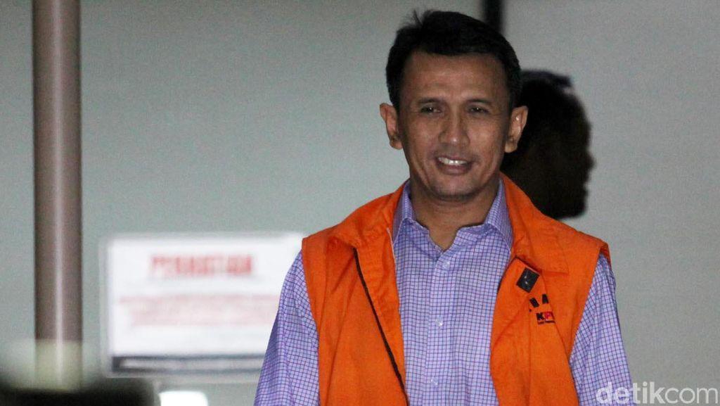 Anggota DPRD Sumut Saleh Bangun Diperiksa KPK Jadi Saksi Penerima Suap Gatot