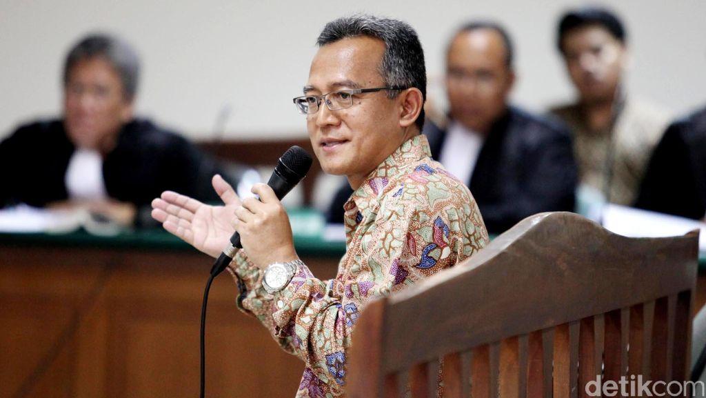 Pecah Telor! Tripeni Jadi Hakim dengan Tuntutan Terendah di Kasus Korupsi