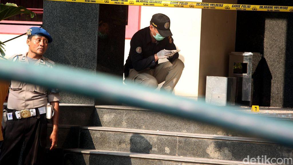 Polisi: Analisa Awal Pelempar Granat di Duren Sawit Orang Profesional