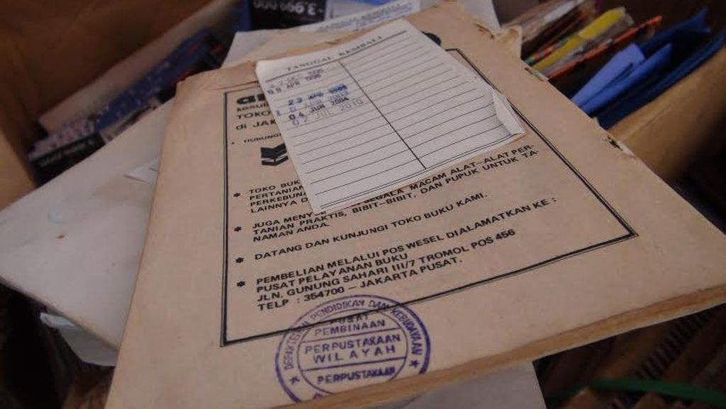 Duh! Ribuan Buku Milik Perpustakaan Daerah di Kalbar Ada di Tukang Loak