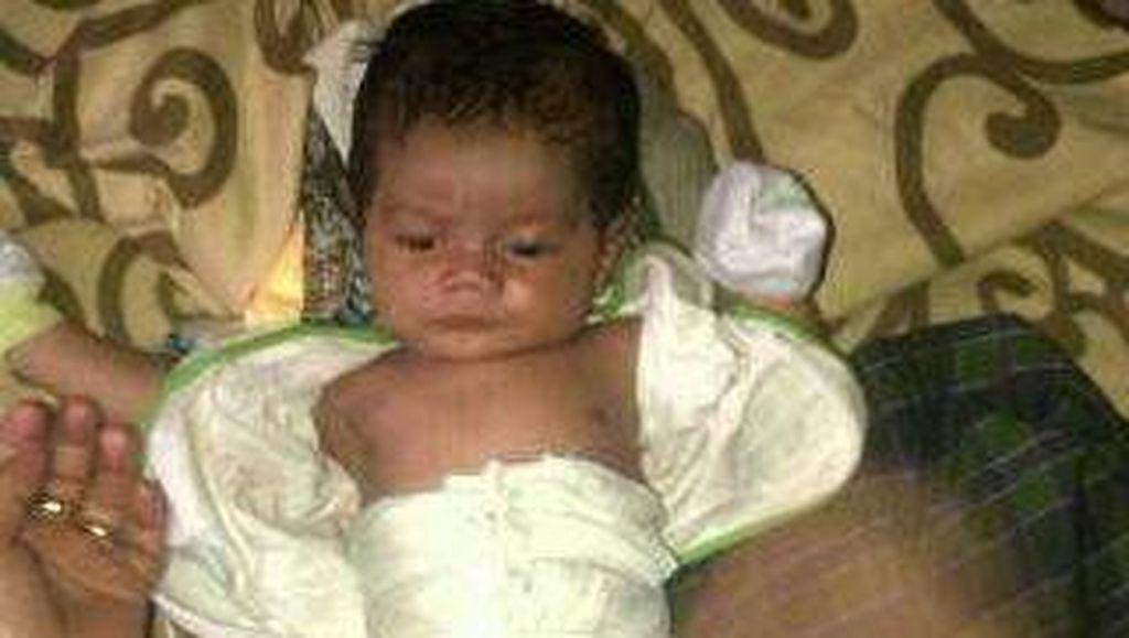 Tega Nian! Bayi Laki-laki Ditinggalkan di Depan Rumah Warga di Sunter