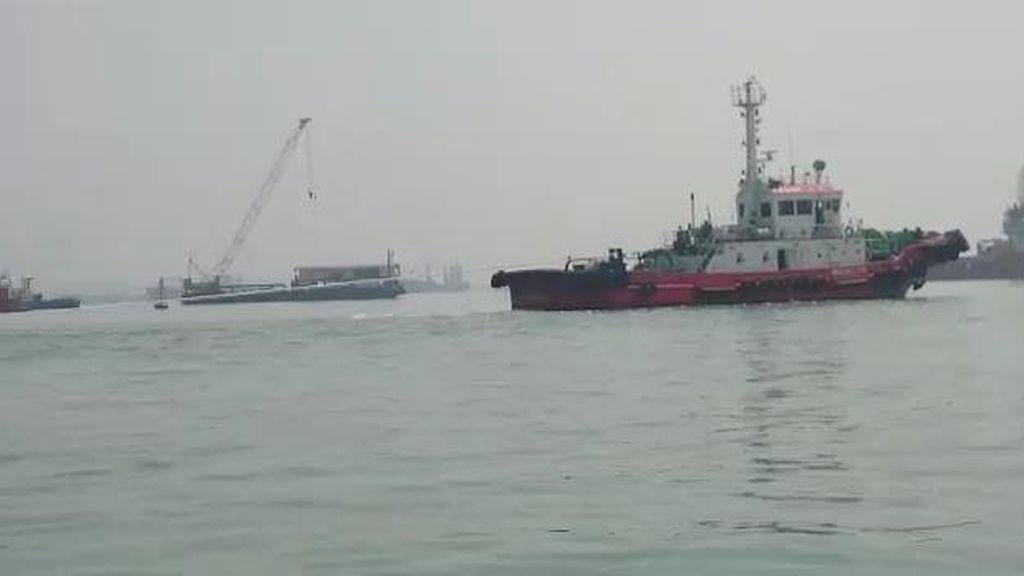 Kendaraan dalam KM Wihan yang Tenggelam di Teluk Lamong Belum Diasuransikan