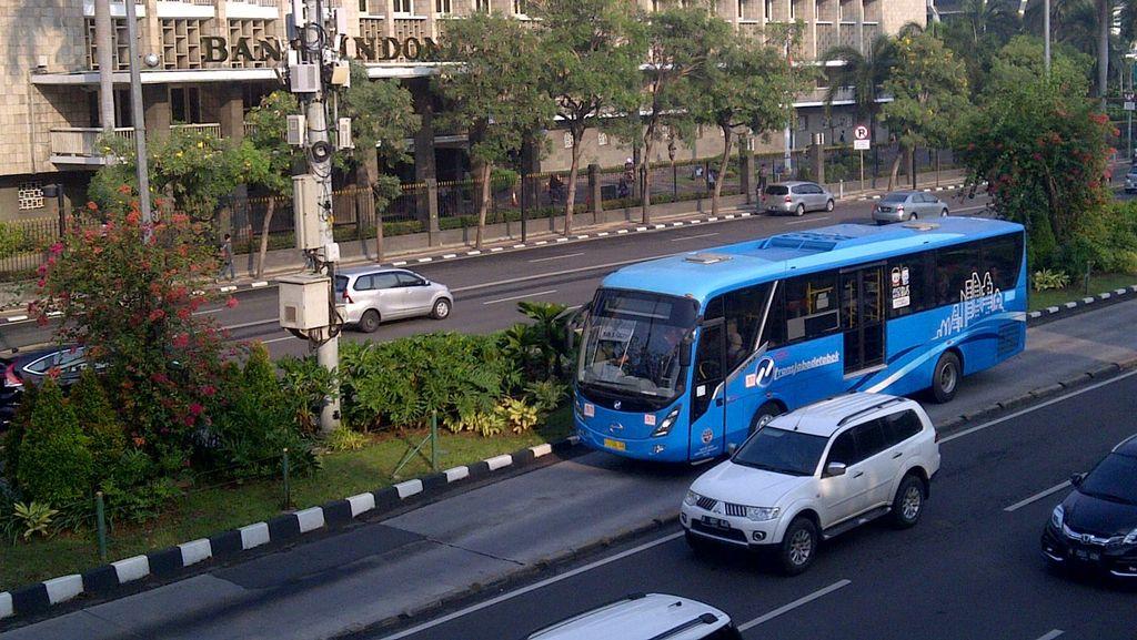 Bus Baru Wira-wiri di Busway Koridor VI, Penumpang Senang
