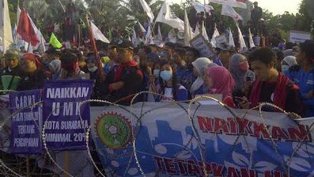 Buruh di Jawa Timur Tetap Menolak PP No 78 tentang Pengupahan