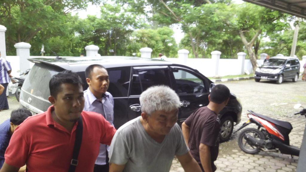 Awong Bandar Narkoba Melawan Jaksa Saat Dijebloskan ke Penjara