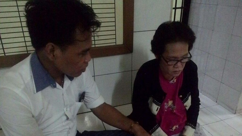 Bawa 14 Paket Sabu, Seorang Nenek Ditangkap di Penjaringan