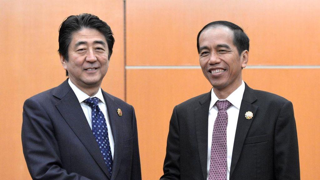 PM Jepang Protes Kereta Cepat, Jokowi Cuma Mengangguk