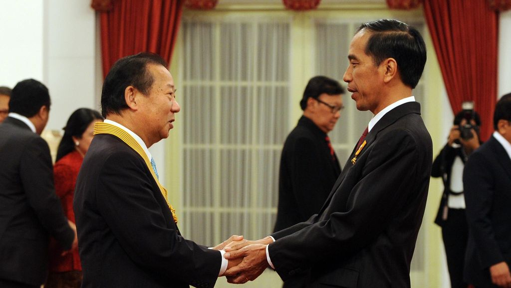 Jokowi Beri Penghargaan untuk Nikai yang Sukses Tingkatkan Hubungan RI-Jepang