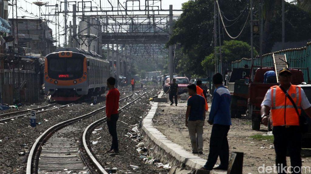 Longsor di Citayam, Penumpang Commuter Line Diimbau Pilih Moda Transportasi Lain