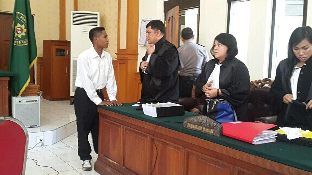 Soal Foto Cek Rp 4,7 M yang Disodorkan Jaksa, Begini Jawaban Agustinus