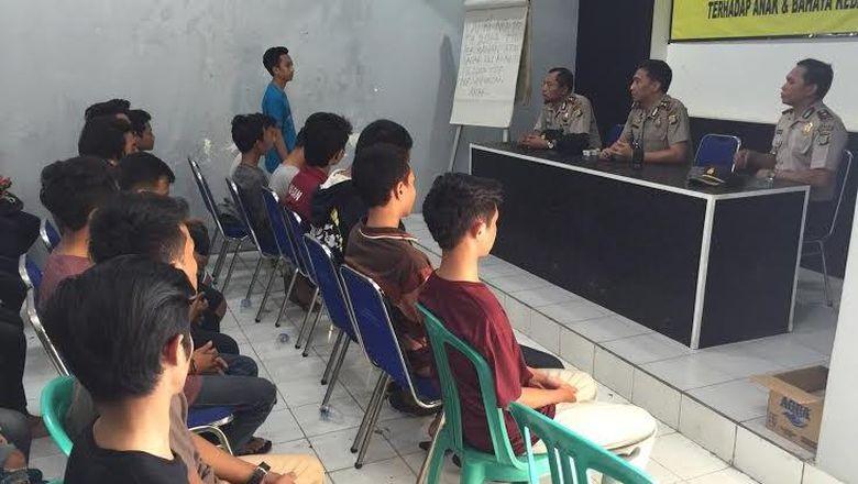 20 Pelajar Terjaring Razia Balap Liar, 3 Orang Kedapatan Bawa Senjata tajam