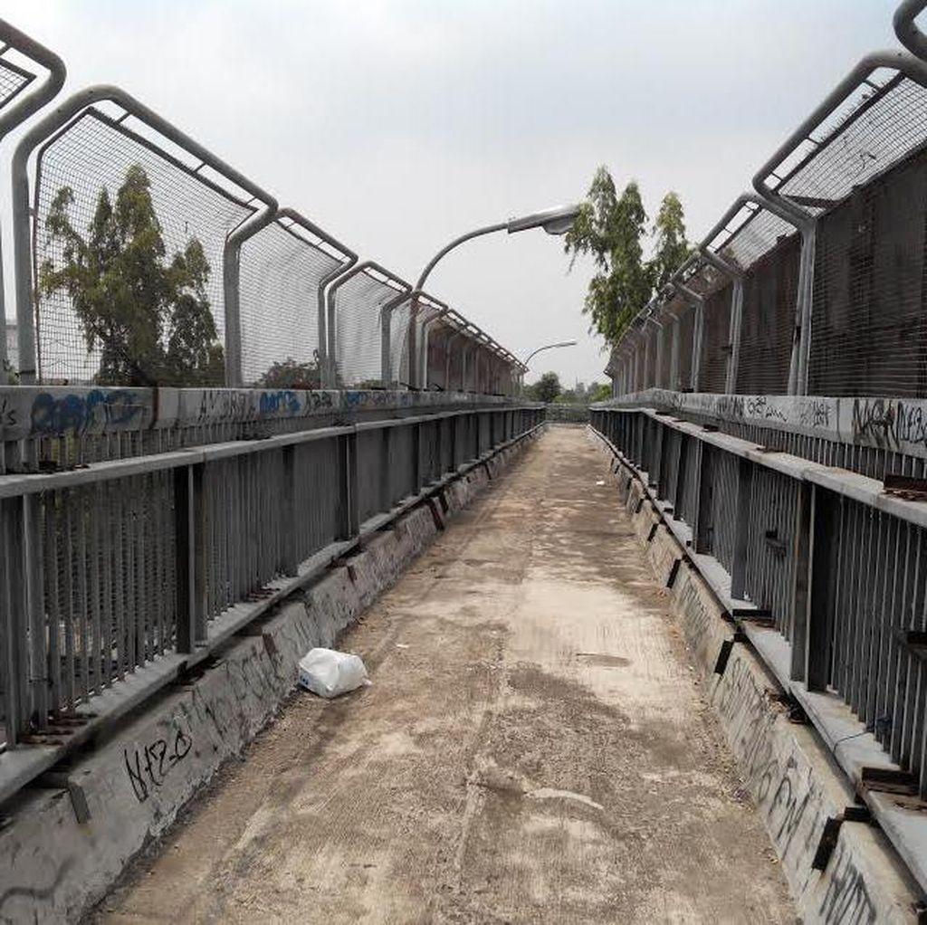 Polisi Periksa Jejak Sperma di Jembatan Penyeberangan di Lebak Bulus