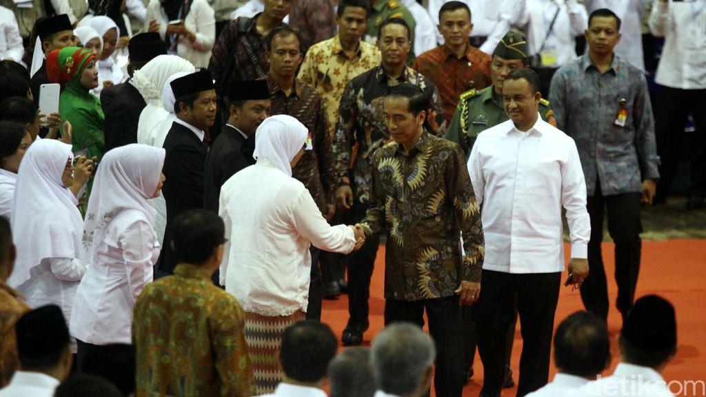 Jokowi: Kemuliaan Seorang Guru Ada Pada Karyanya