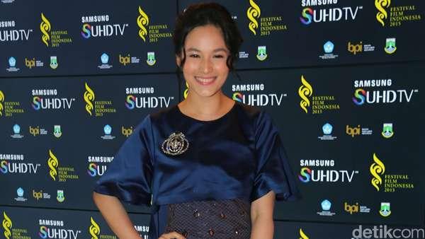 Hot Photo Highlight: Parade Artis di Festival Film Indonesia 2015